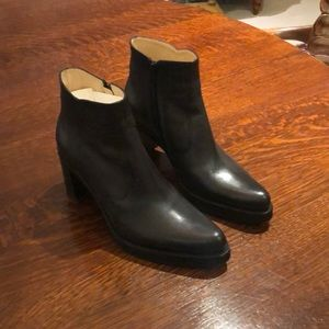 Free Lance Black leather booties